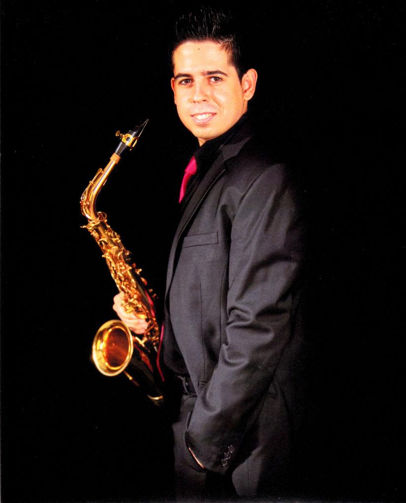 Mois s gandolfo saxofonista for Moises malaga