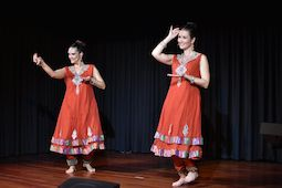 Danza oriental, india, tribal,