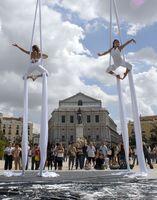Dúo de danza aérea