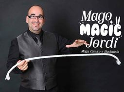Magic Jordi: Magia, monólogos e imitaciones