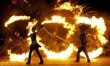 SPiCE Feuershow und Feuerwerk foto 1