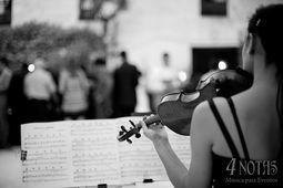 4 NOTAS - Música para Bodas y Eventos