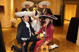 Mariachi Zaragoza Internacional Reyes de mexico