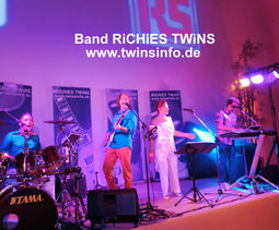 Band RiCHiES TWiNS Liveband u. Partyband
