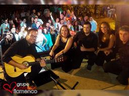 Grupo Corazón Flameco