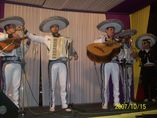 Carlos Torres y mariachis foto 2