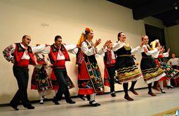 Grupo De Danza Rodina.