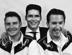 Elvis & The Blue Moon Boys