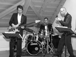 Falling Star Jazz Trio