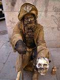 Estatua humana pirata foto 2