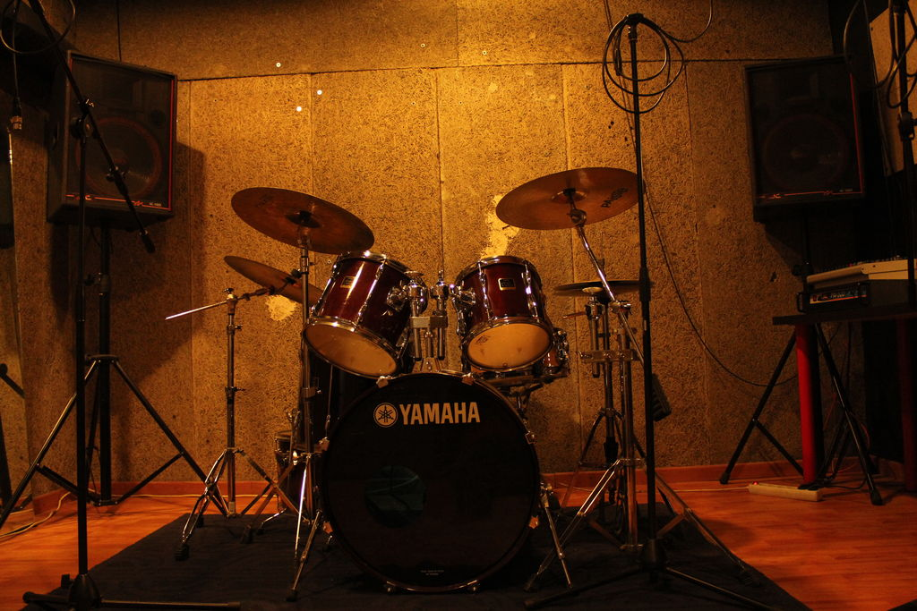 ***top music locales de ensayo 2
