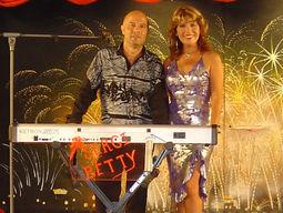 Dúo músical Sergio y Betty,