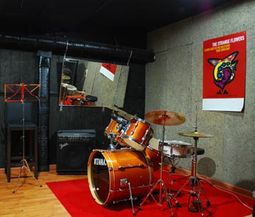 TOP MUSIC LOCALES DE ENSAYO