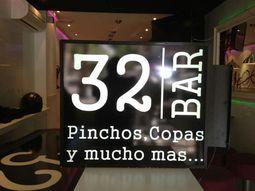 El 32 Bar