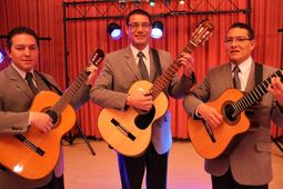 SERENATAS Los príncipes trio
