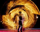 SPiCE Feuershow und Feuerwerk foto 2