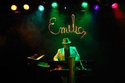 EMILIO Para que tu lo bailes