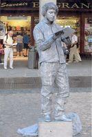 Estatua humana EL ESCRITOR